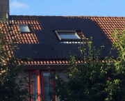 16 x Ja Solar 260 Wp Full Black met Solaredge omvormer plus optimizers, Delft